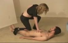 Nasty girl kicks her lover in the nuts