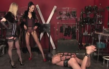 Two hot mistresses on one guy!